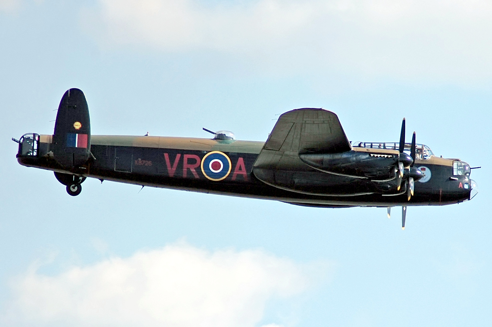 avro_lancaster_vr-a_flying