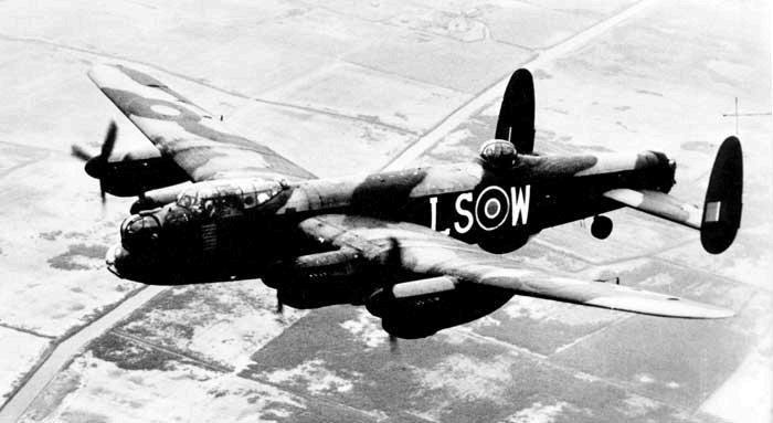 avro-lancaster-bomber-15-squadron-01