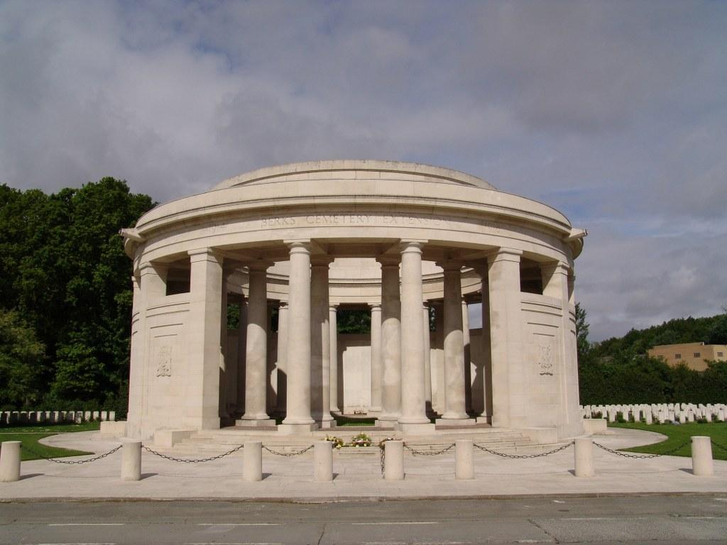 Ploegsteert Memorial, Flanders, Belgium.