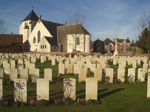 cambrin_churchyard