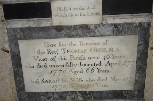 Memorials inside the Church - 8 - Orde