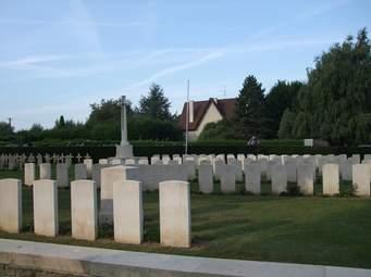 haute-avesnes_british_cemetery