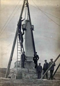 Erecting the Flodden Memorial 1910