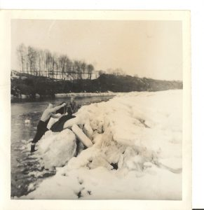 Ice built up on the Tweed at the Dreeping rock 1963