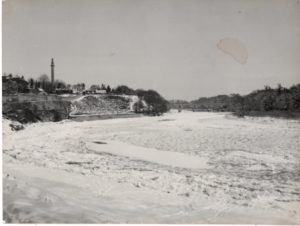 Tweed at Coldstream in the big freeze 1962
