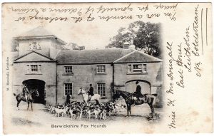 Berwickshire fox hounds at the Lees