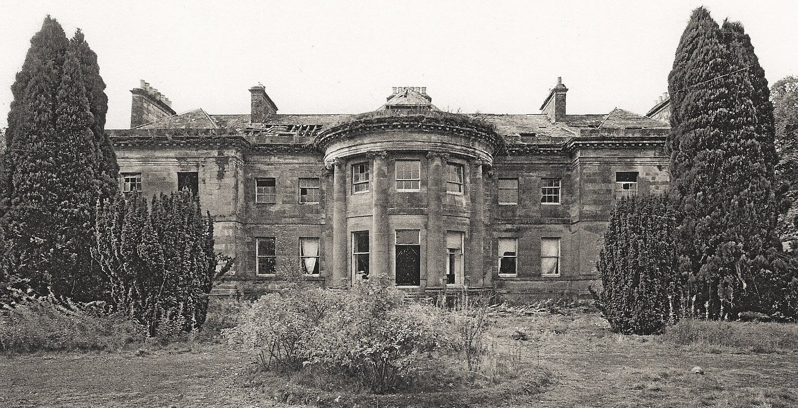 Lees House in a  poor state